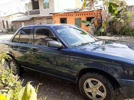 VENDO Nissan Sentra  año 95