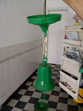 Vendo lámpara   color verde buen estado