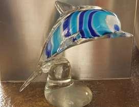 Delfín en vidrio