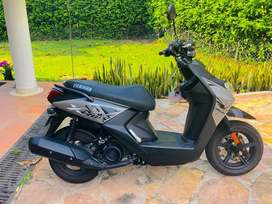 Moto biwis como nueva