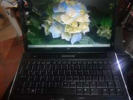 Vendo HERMOSO COMPUTADOR PORTATIL HP.