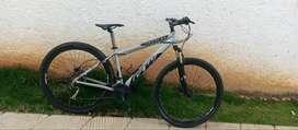 Vendo bicicleta de montaña GW