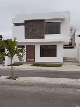 casa de venta portoviejo cerca del comando policial