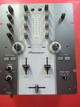 Vendo mixer pioneer 250