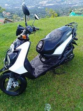 Vendo moto Bws 2013 precio negociable