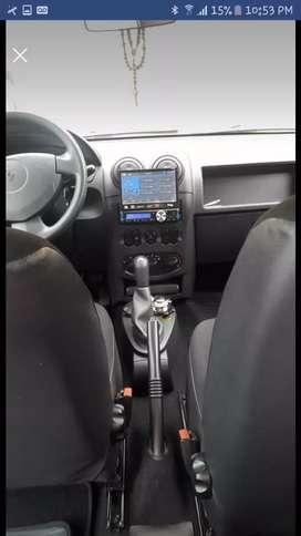 Se vende Renault logan 2012