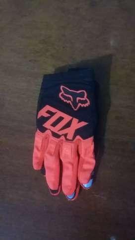 Vendo guantes fox