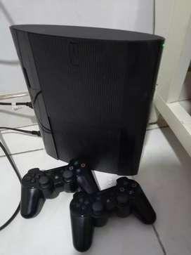 Play 3 super slim de 250gb 2 controles y 16 juegos digitales
