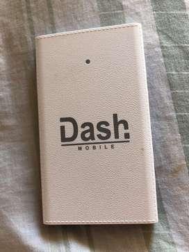 Vendo caragdor portatil y adaptador para iphone