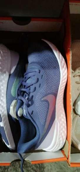 Zapatillas Nike Reebok y Adidas