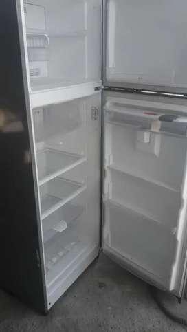 Refrigeradora en perfecto estado