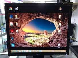 Monitor marca Acer lcd  Resolución 1024por 1024  17 pulgadas