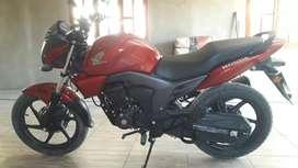 Vendo Honda CB 150 INVICTA