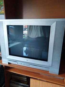 Televisor LG pantalla plana 21 pulgadas en perfecto estado