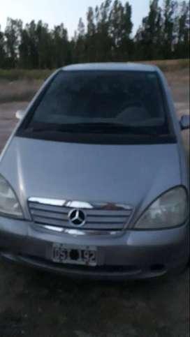 Vendo Mercedez Benz A190 elegance .