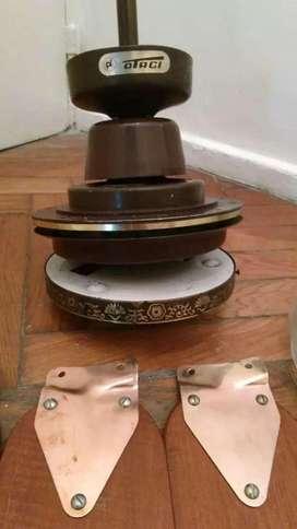 Ventilador MARTIN Y MARTIN de 3 y 4 aspas con LUZ