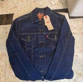 Se vende chaqueta nueva levi strauss & co