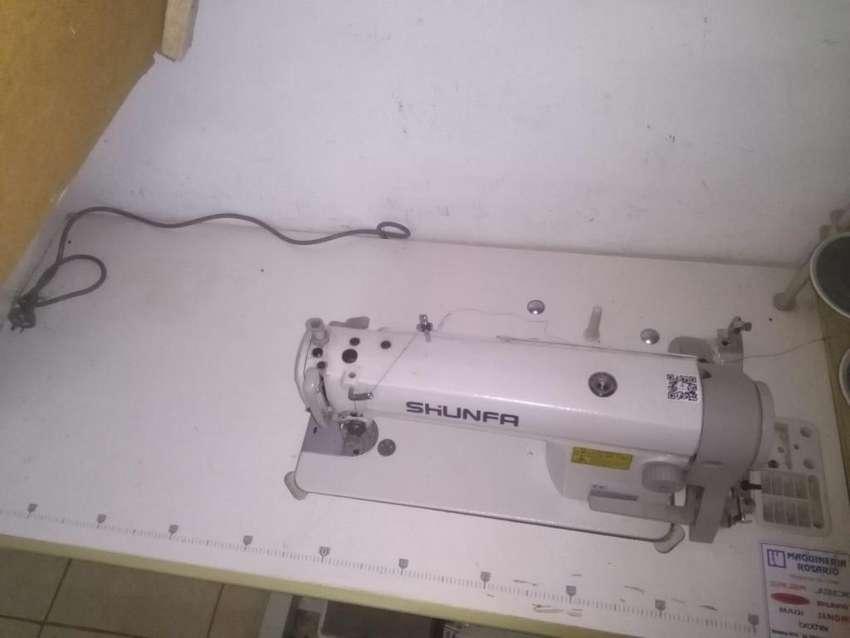 Vendo mquina de coser recta industrial 0