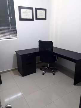 Vendo escritorio y silla ejecutiva