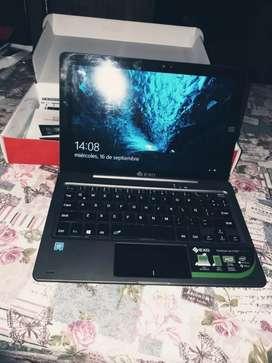 Vendo,  netbook+tablet  2 en 1 escucho oferta