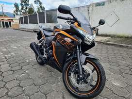 VENDO HONDA CBR250R 2020