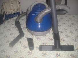 Aspiradora Kelvinator Compac 1300w Tremendo Poder Aspiracion