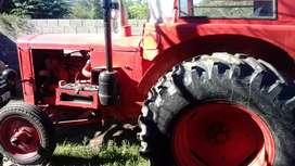 Vendo tractor anomag con motor perkis
