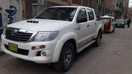 Vendo mi Toyota 4x4 turbo intercooler 2013-2014