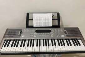 PIANO ELECTRONICO