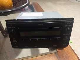 vendo radio con cd mp3 para Toyota Hilux mod 2013