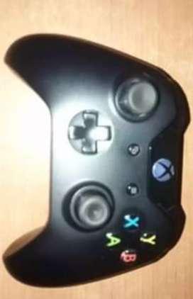 Vendo un joystick xbox one inalámbricos