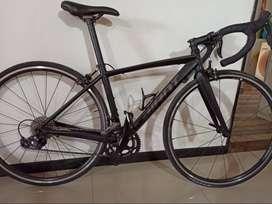 Bicicleta GIANT Contend Ruta