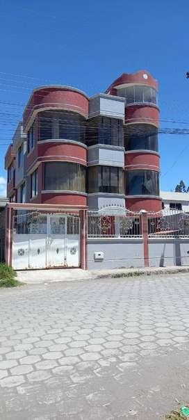 Arriendo departamento Riobamba-Media luna- departamento en el tercer piso