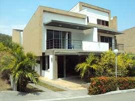 Arriendo cabaña Ciudadela premium, 4 Habitaciones,TV, WIFI, aire acondicionado