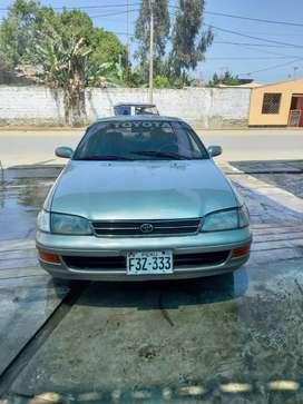 Toyota Corona petrolero