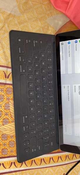 VENDO iPad Pro 12.9 256gb Wifi + Apple Pencil + Apple Case Keyboard