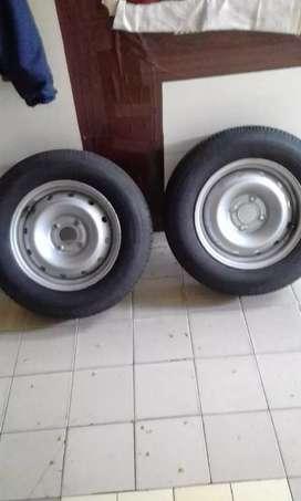 ruedas completas de Peugeot Ford citroen rod 14 centro 108
