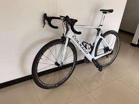 Bicicleta de ruta Colnago Concept