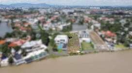 TERRENO VISTA AL RIO VIA SAMBORONDON