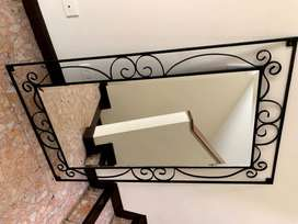 Espejo de pared en hierro forjado