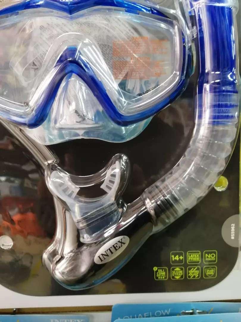 Careta de buceo en vidrio templado y snoker con válvula de purga