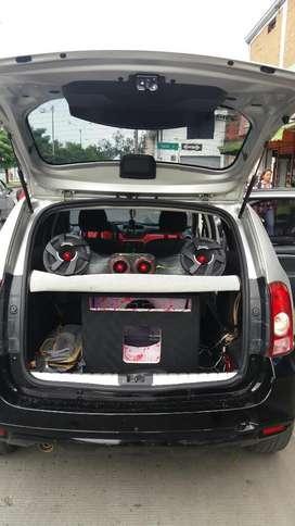Instalación de Sonido para Autos Cali.