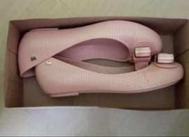 Zapatos en caucho