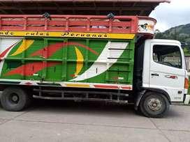 Se vende camión hino