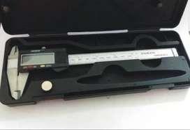 Calibre Digital Acero Inox 15cn Dig Grande +estuche +2pila