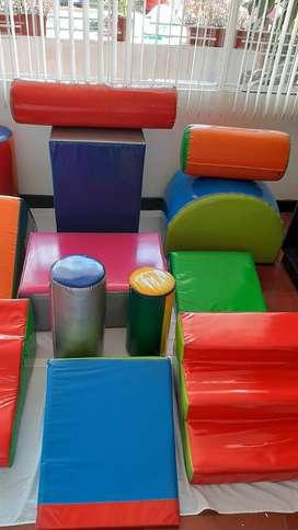 Gimnasio infantil13 productos con colores diversos llamativos
