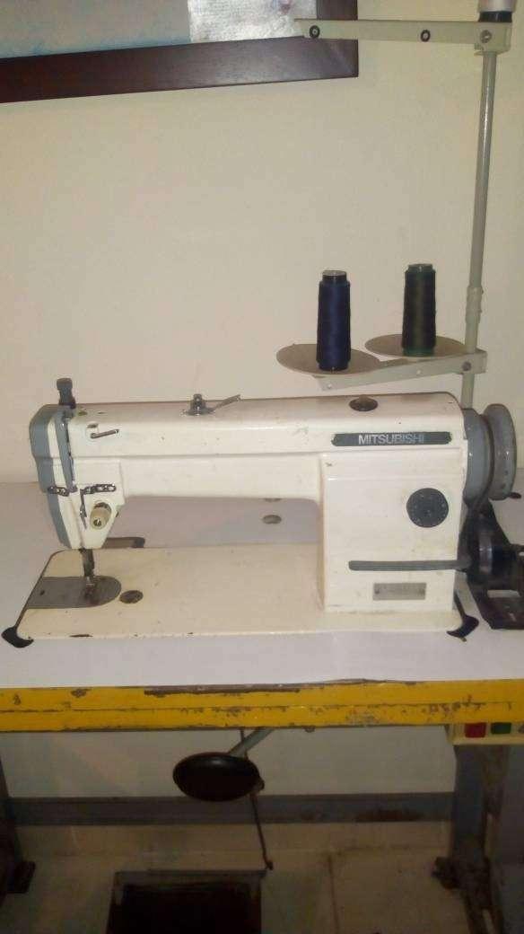 Máquinas industriales plana y recubridora 0