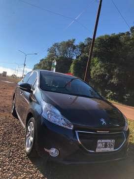 Peugeot 208 impecable. Única mano. Como nuevo, listo para transferir.