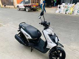 Vendo moto biwis  2019
