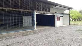 Alq. galpón solo para depósito o un lugar en el galpón  en calle Futa Leufú..entre Nqn y Plottier
